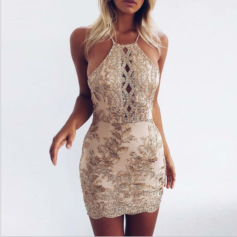 Champagne Gold Sheath Homecoming Dresses Halter Neck Lace Appliques Short Cocktail Dress