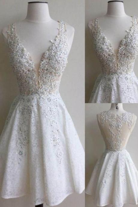 Elegant White Homecoming Dresses Lace Beading V-Neck A-line Short Prom Dresses